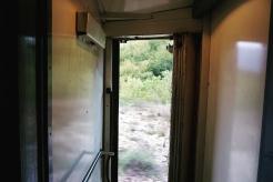 Offene Zugtür wärend der Fahrt..